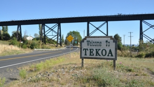 'Welcome to Tekoa' Sign